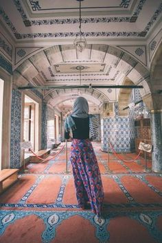 Solo Vacation in Istanbul | Travel Guide