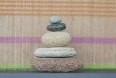 Set of 5 Unusual Sea Beach Stones - Zen Meditation Yoga Stones, Cairn Balancing Sculpture Mood Stones, Flat Beach Pebble Rock Art, Home Decor, Mindfulness