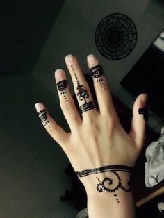 Selfmade Easy Henna ➰ Easy Henna, Simple Henna, Hand Tattoos