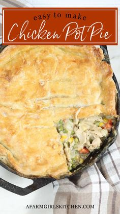 Best Chicken Pot Pie, Chicken Recipes, Cast Iron Recipes, Easy Casserole Recipes, Cooking Recipes, Grandma's Recipes, Food Dishes, Dinner Recipes, Favorite Recipes