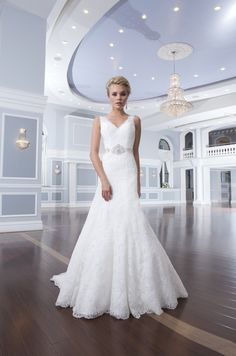 Gorgeous Lillian West lace wedding dress!