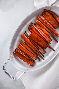 You'll love this recipe for Balsamic Glazed Carrots. It makes the perfect cold weather side dish and is simple to make as well! Vegetable Side Dishes, Vegetable Recipes, Balsamic Glazed Carrots, Carrot Recipes, Asian Recipes, Asian Foods, Cooking Time, Good Food, Fun Food