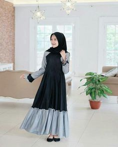 Modern Two Tone Dress with Hijab Fashion – Girls Hijab Style & Hijab Fashion Ideas Modern Hijab Fashion, Abaya Fashion, Muslim Fashion, Modest Fashion, Girl Fashion, Fashion Dresses, Fashion Ideas, Modest Dresses, Modest Outfits