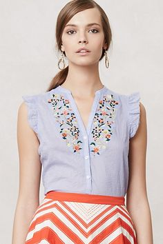 This is adorable! Normally I'm not into girly blouses but I just had to have it! Threadbloom Blouse #anthropologie