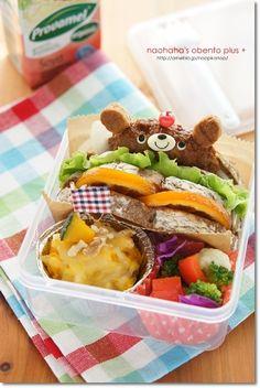 Bear hamburger sandwich bento