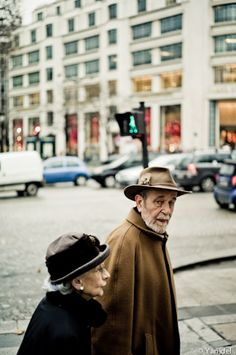 Reminds me of the couples who would take their evening walks around the town square in Siena, Italy. Respect Your Elders, Timeless Photography, Grow Old With Me, Elderly Couples, Growing Old Together, Mature Men, Together Forever, Parisian Chic, City Streets