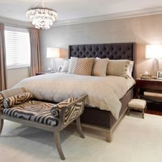 Neutral, then WOW! Why not add a fun bench as an accent? #staging #bedroom liked@  stagedtodaysoldtomorrow.com