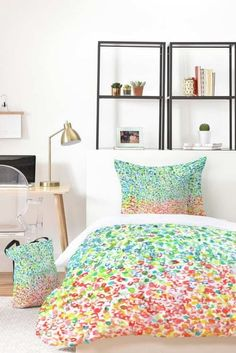 Decorate your dorm room with our stylish Twin XL duvet covers and comforter sets. SHOP our colorful college dorm bedding sets on sale now! Dorm Bedding Sets, Matching Bedding And Curtains, Bedding Sets Online, Marble Bedding, Dorm Room Designs, Gold Bed, Bed In A Bag, House Beds, Home Decor Accessories
