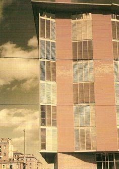 [VIVIENDA COLECTIVA] ARQUITECTOJose Antonio Coderch y Manuel Valls AÑO1951-55 LOCALIZACIÓNBarrio de la Barceloneta, Barcelona PARA SABER MÁS – Plataforma Arquitectura (imágenes) –…