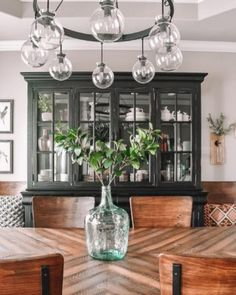 Pops of color in the home is one of my favorite decor styles! Sharing how I like to add pops of color to my own home! Easy colorful ideas for your home! China Cabinet Decor, Farmhouse China Cabinet, Modern China Cabinet, Blue China Cabinet, Painted China Cabinets, Blue Furniture, Furniture Design, Paint Furniture, Refinished Furniture