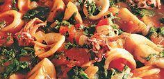 Καλαμαράκια και σουπιές με σπανάκι Shrimp, Meat, Food, Essen, Meals, Yemek, Eten