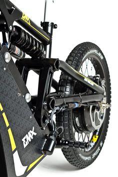The EMX bikes use RockShox forks and rear shocks