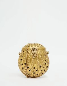 From+St+Xavier+Gold+Shell+Clutch+Bag