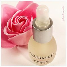 This @biossance Precious Rose Face Oil I got in my Glossybox this month is incredible. I have been relying on face oils lately to hydrate my skin and this is the best one I have tried so far.  And the scent is not overwhelming either. This was my favorite box product this month hands down.  #Glossybox #biossance #roseoil #rose #faceoil #beauty #monthlysubscription #aprilbox #skincare