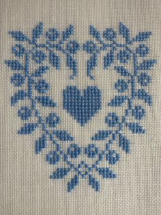 Thrilling Designing Your Own Cross Stitch Embroidery Patterns Ideas. Exhilarating Designing Your Own Cross Stitch Embroidery Patterns Ideas. Cross Stitch Boards, Cross Stitch Heart, Simple Cross Stitch, Learn Embroidery, Cross Stitch Embroidery, Embroidery Patterns, Easy Cross Stitch Patterns, Wedding Cross Stitch, Vintage Cross Stitches