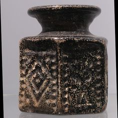 Pilgrim bottle with Jewish symbols, Jerusalem, 6-7th CE. Catalogue II of the Wold collection, n° 187. On display at the Landesmuseum Württemberg.
