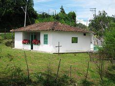 casas tipicas antioquia - Buscar con Google
