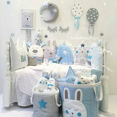 220 отметок «Нравится», 3 комментариев — طراحی اتاق کودک در مشهد (@sweet_baby_room) в Instagram: «. #کوسن کوسن های فانتزی مناسب جهت دیزاین اتاق یا  استفاده به عنوان گارد تخت نوزاد . همراه با روتختی…»