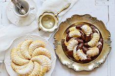 Omlós, bögrés vaníliás kiflicskék