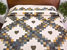 Amish Country Quilts | Triple Irish Chain Quilt -- magnificent well made Amish Quilts from ...