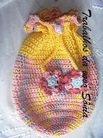 Trabalhos da vovó Sônia: Bolsa-mochila infantil primavera - crochê