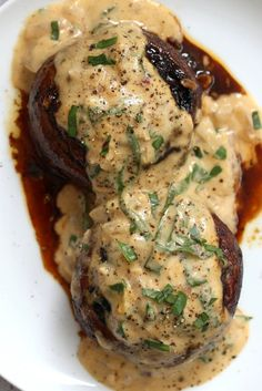 (use hemp seeds or pine nuts instead of cashews) Grilled Portobello Mushrooms with Garlic Sauce. Grilled or Baked Marinated Portabella Mushrooms served with creamy gravy. VeganRicha.com
