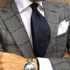 Mens Fashion Smart – The World of Mens Fashion Sharp Dressed Man, Well Dressed Men, Suit Combinations, Suit And Tie, Gentleman Style, Wedding Suits, Dress Codes, Look Cool, Mens Suits