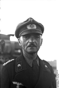Operation Barbarossa, July Portrait of unidentified colonel of Panzer Troops wearing an older style infantry officer's crusher visor cap. Pin by Paolo Marzioli Wilhelm Ii, Kaiser Wilhelm, Luftwaffe, Operation Barbarossa, Leadership Abilities, Lead Soldiers, Germany Ww2, Visor Cap, Russia