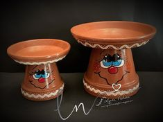 A New Year and New Crafts to share. Clay Pot Projects, Clay Pot Crafts, New Crafts, Clay Flower Pots, Flower Pot Crafts, Terra Cotta, Clay Pot People, Painted Clay Pots, Hand Painted