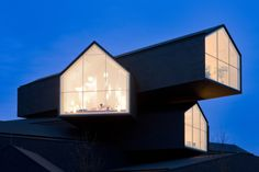 Ready And Gable: The Triangular Roof Is Back! - Explore, Collect and Source architecture