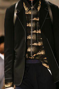 Prada Spring 2016 Menswear - Details - Gallery - Style.com