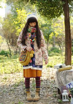 color me pom-pom mori girl fashion, love how she layers her outfit.