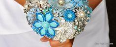 Blue Petyl Brooch Bouquet