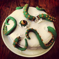 13 tentacular cakes