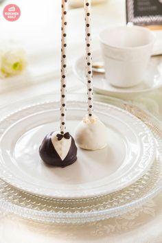 Cake Pop Braut & Bräutigam als süßer Willkommensgruß