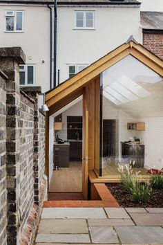 This Grade II Listed English Cottage Gets a Picture-Perfect Modern Extension – Modern Decoration Cottage Extension, House Extension Design, Glass Extension, House Design, Garden Design, Extension Ideas, Landscape Design, Loft Design, English Cottage Style