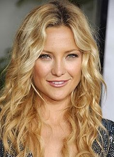 Wavy Middle Part  http://hairstyles4us.blogspot.com/
