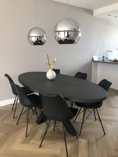 Black Dining Room Table, Dining Room Colors, Dining Table In Kitchen, Bedroom Decor For Women, Blue Bedroom Decor, Living Room Decor, Black Kitchen Decor, Deco Table, Living Room Inspiration