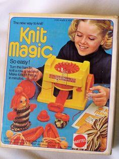 Mattel 1974 Toy Knit Magic Knitting Machine