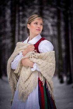 Folk Dance, Artsy, Victorian, Traditional, Red, Beauty, Black, Dresses, Fashion