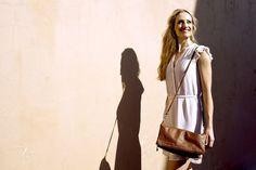 Tan leather Soft clutch #jennifermiddletonbags #luxurydesignerbags www.jennifermiddletonbags.com The Ostrich, Tan Leather, Photoshoot, Bags, Beautiful, Color, Dresses, Fashion, Handbags