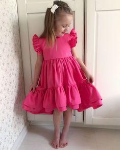 Frocks For Girls, Kids Outfits Girls, Little Girl Outfits, Little Girl Dresses, Girls Dresses, Baby Girl Fashion, Toddler Fashion, Kids Fashion, Korean Fashion