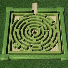 I have played this game and now it is a maze with a fountain