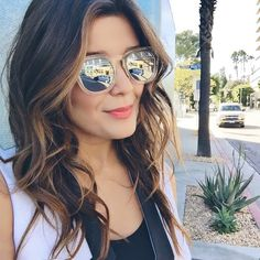 SARA // STYLE MBA  Love these Quay sunnies from Top Shop
