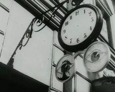 Smultronstället - Il posto delle fragole, Wild Strawberries - (1957), Ingmar Bergman. Vårt umgänge med andra människor består huvudsakligen i att vi diskuterar och värderar vår nästas karaktär och beteende. Detta har medfört att jag frivilligt avstått från praktiskt taget all så kallad samvaro.