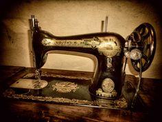 Máquina de coser Singer #singer #antiguedad #maquinadecoser