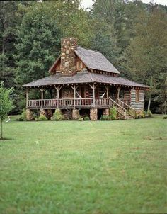 Rustic Cabin Life added a new photo. Log Cabin Living, Log Cabin Homes, Tiny Log Cabins, Local Builders, Cabin In The Woods, Little Cabin, Cabins And Cottages, Cozy Cabin, Logs