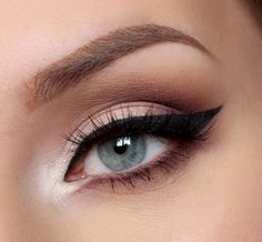 How To: Winged Liquid Eyeliner Tutorial For Beginners