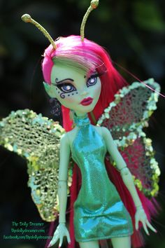 https://flic.kr/p/G3UP1C | My Venus Repaint | Here's my Monster High Venus repaint. I originally planned on turning her into a fairy, but turned her into a butterfly instead. I'll be taking a lot more photos of her and she will hopefully be listed on Ebay by the end of the day. I hope you like her. :)