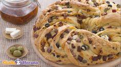 Angelica salata: gustosa treccia arricchita con feta, pomodori secchi e olive